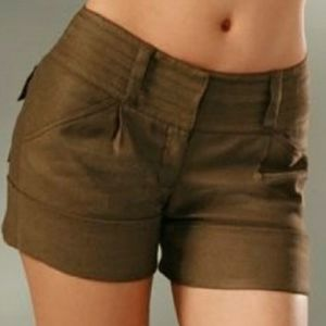 Diane Von Furstenberg Jonah olive linen shorts